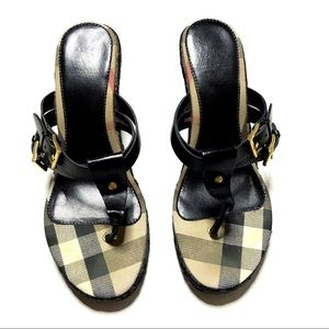 Burberry Black Leather Buckle Wedge ✨
